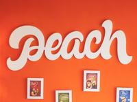 Logo: Peach