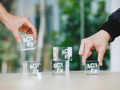 ACT EX - Acrylic Cubes