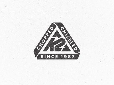 Since 87 logo icon bindings snowboard