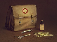 WWII aid kit