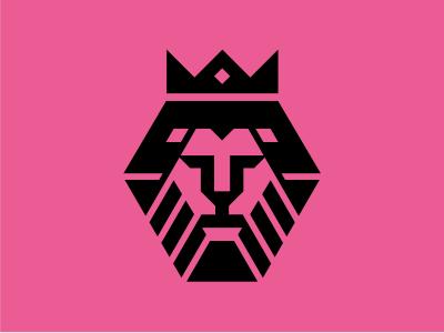 Grrr lion crown diamond