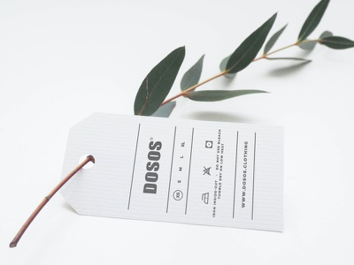 Free Label Tag Mockup minimalist simple apparel logo sizing brand apparel clothing print freebie psd template freebie