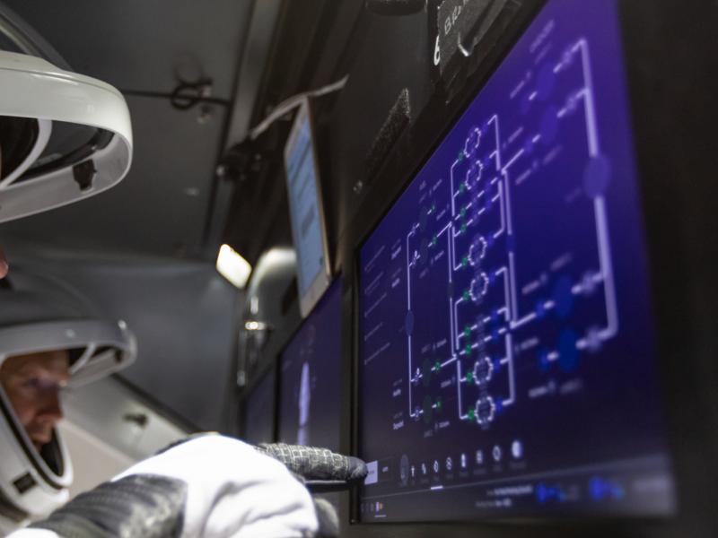 Crew Dragon Vehicle Systems spacex spaceship spacecraft space hud dragon 2 dragon demo 2 dashboard cockpit