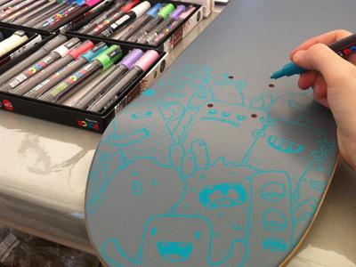 Skate custom quiksilver x posca event quiksilver posca dc roxy custom doodles monsters samnuts