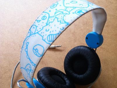 Headphone headphone wesc custom posca doodles monsters samnuts
