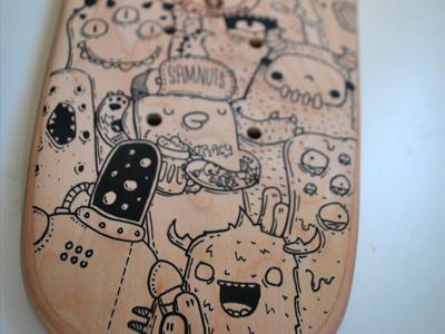Skate Custom  1 skateboard custom posca doodles monster samnuts