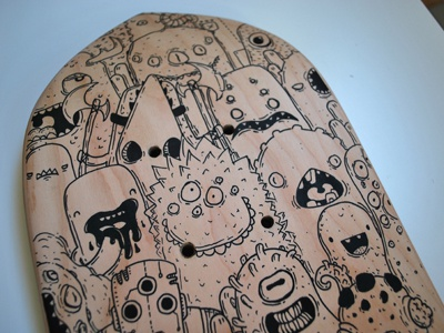 Skate Custom  2 skateboard custom posca doodles monster samnuts