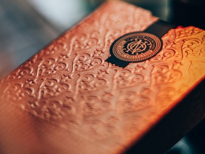NOC: The Luxury Collection / Bronze packaging luxury decign cards playing cards