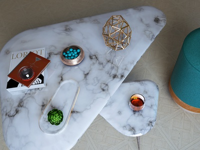 Table with trinkets