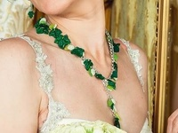 """Ivy"" The wedding necklace"