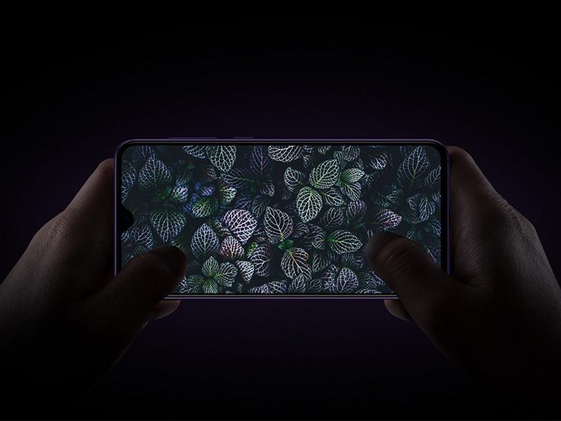 Free Xiaomi Mi 9 Se Mockup by Juan Trigusto on Dribbble