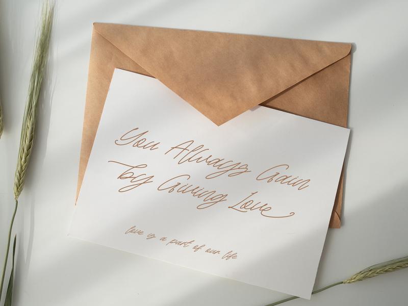 Rattini Signature Handwitten Script Font Preview