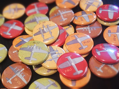 Warbirds 1945 1-inch buttons p-51 mustang p-38 lightning f4u corsair b-17 flying fortress b-29 superfortress