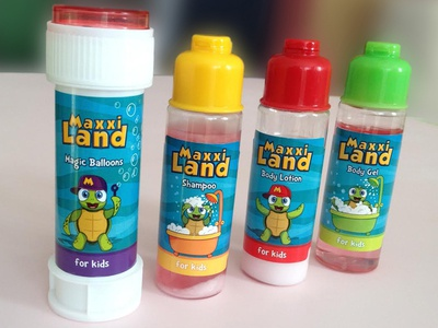 Maxxiland, Packaging design and illustration.