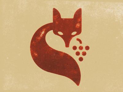 La volpe e l'uva logo symbol mark marks redfox wine grapes uva foxy fox vulpus volpe