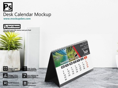 Free Elegant Desk Calendar Mockup | PSD Template