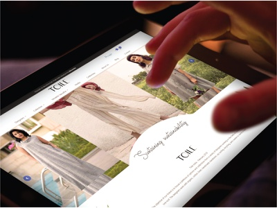 Mockup   Daili UI responsive design userinterface muzli fashion ux branding graphic website ui design