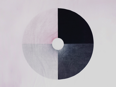 A circle lines white black red circle