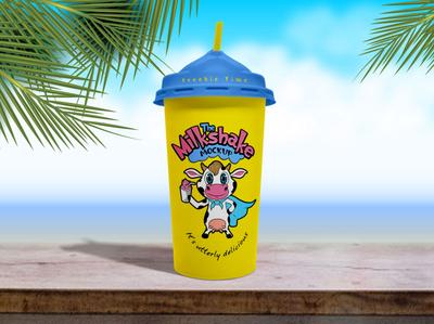 Free Disposable Ice Cream / Milkshake Cup Mockup PSD