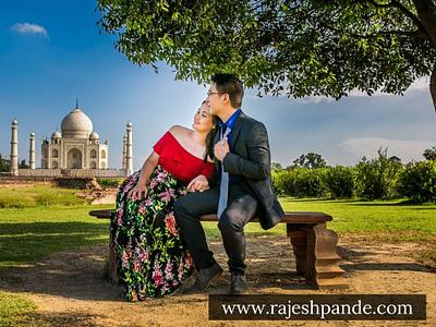 Pre Wedding Photoshoot at The Taj Mahal. wedding photographer wedding photography taj mahal pre wedding photoshoot