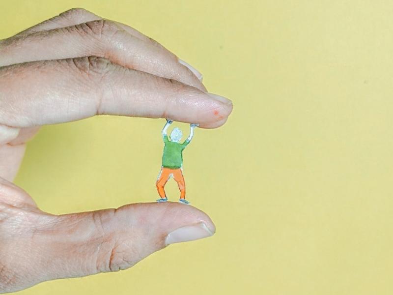 Miniature human - hold set design paperengineering paper sculpture paper illustrator paper illustration paper illusion paper design paper cutting paper cut paper crafts paper crafting paper crafter paper craft paper artist paper art art direction animator animation