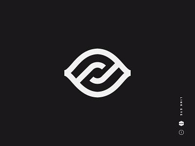 Link Eye vr maze lock chain link eye geometric symbol icon mark logo black and white
