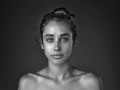 Esther Honig Portrait
