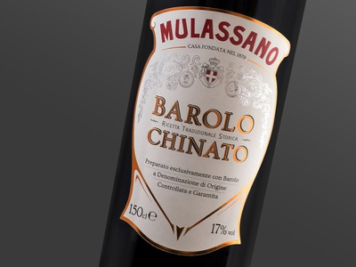 Barolo Chinato Mulassano italian typography design vintage spirit label design
