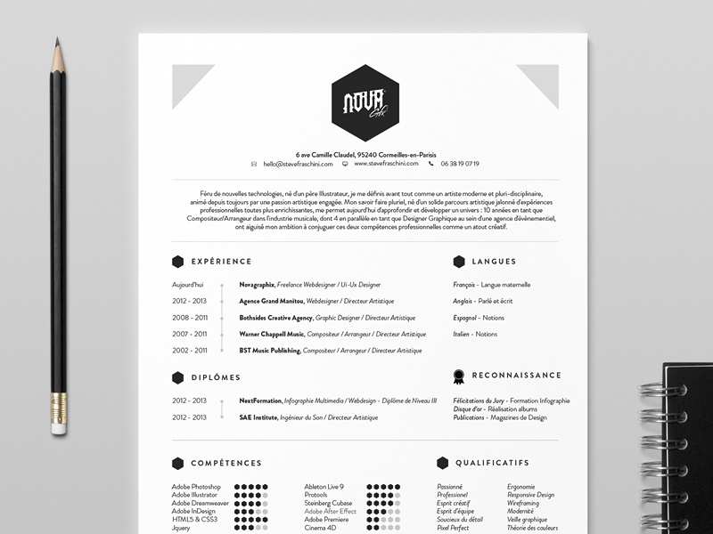 NovaGraphix - 2014 Resume resume icons minimalist cv education design skills profile ui ux webdesign logo