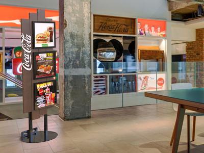Coca-Cola Combos pop plv expositor display 3d design