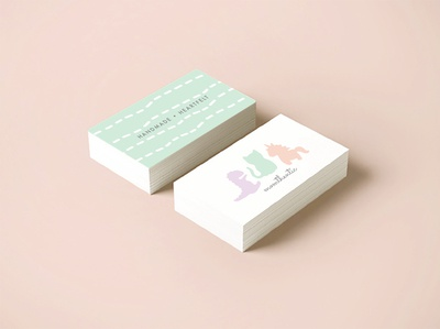 momthentic business card mockup