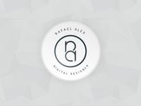 #084 | Badge