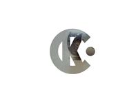 Scroll-based Logo Mask Reveal Effect