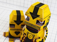 Paper Toy Robots - Clink & Klank (close up)