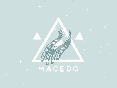 Macedo design type logo hand
