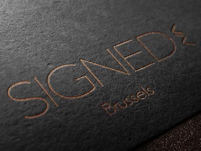 SIGNED - Logo shoes premium gold thin logo signed