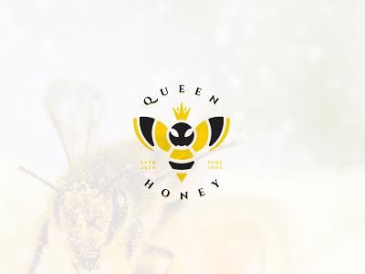 Queen Honey emblem logo typography minimal clean simple crown natural honey bee honeybee honey queen bee queen animal logo bee logo
