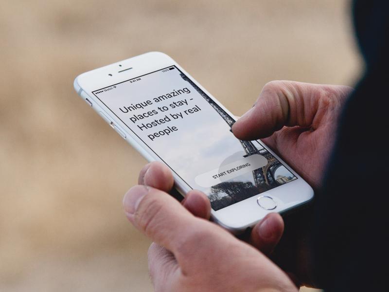 Simple Onboarding Screen iphone app travel design flat simple onboarding
