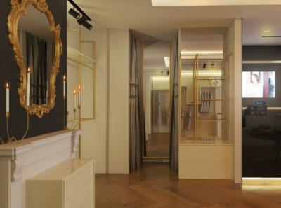 Luxury Store Design Interior + Furnitures design showacase old retail 3d store