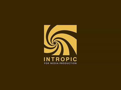 logo intropic