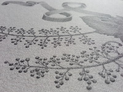 Detail shot - BLANC hand-lettering stippling lettering letters dots rotring handmade typography artist wine floral ribbon