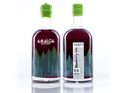 Blueberry Gin bottle beverage midcentury typography boutique alaska texture pattern trees nature forest gin booze alcoholic packagedesign package packaging