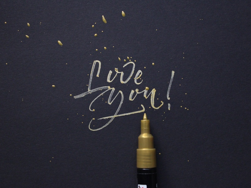 Hey! Love you! 😘 rommerskirchen grafikdesign graphicdesign typewriter customlettering brushcalligraphy hellotype font font design type typografie typographie typography thedailytype goodtype brushpen brush brushlettering lettering handlettering