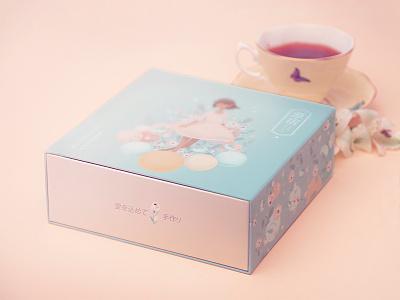 Patisserie branding / packaging macaroons harajuku tokyo patisserie japanese branding branding packaging
