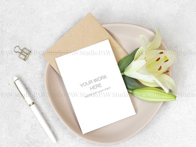 Mockup invitation card with white pen and flowers pencils pen flowers invitation card mock up mock greeting card pencil envelope mockup card lilies