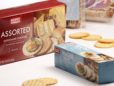 Giant Eagle Crackers Package