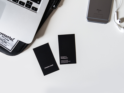 Minimal & Simple – Business cards print 2d macbook iphone photography simple minimalistic business cards