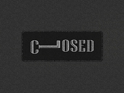 Closed | Playing With Type typographie closed ferme letter c l key cle clef signe plaque porte door design logo type typography lettering typeface lettre symbol mark