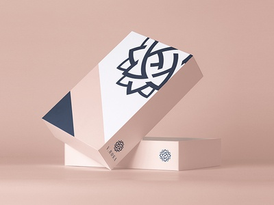 V.ROSA BRAND IDENTITY package box flower identity clean minimal kapor brand design logo hunapstudio hunap illustration