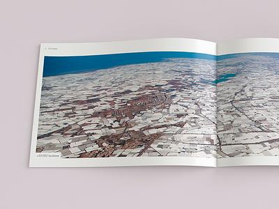 Mar de Plástico // Plastic Sea dossier brochure editorial agro almeria